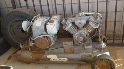 Old Portable Dayton Speedaire Air Compressor